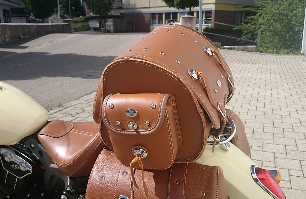 Indian Chief Dark Horse Chiefton Vintage Boss Bags